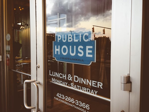 Public House restaurant in Chattanooga Tennessee