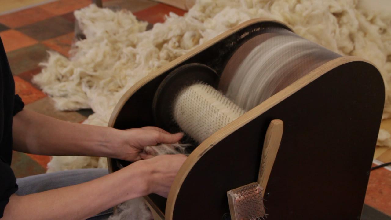 alat proses carding serat wol domba