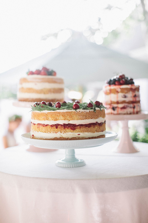 Cakes by ME Hammond. Cake stand by BHLDN