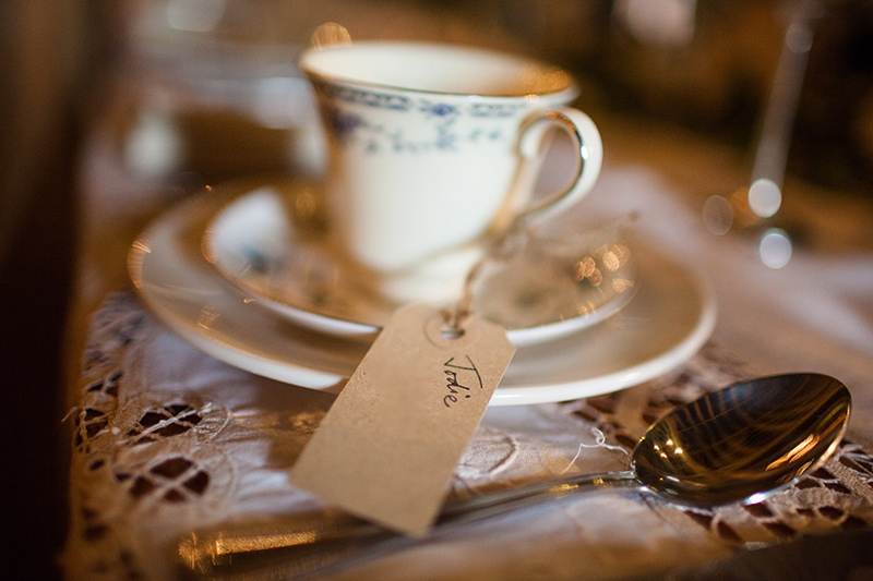 How to make a teacup candle - Photograph by Binky Nixon
