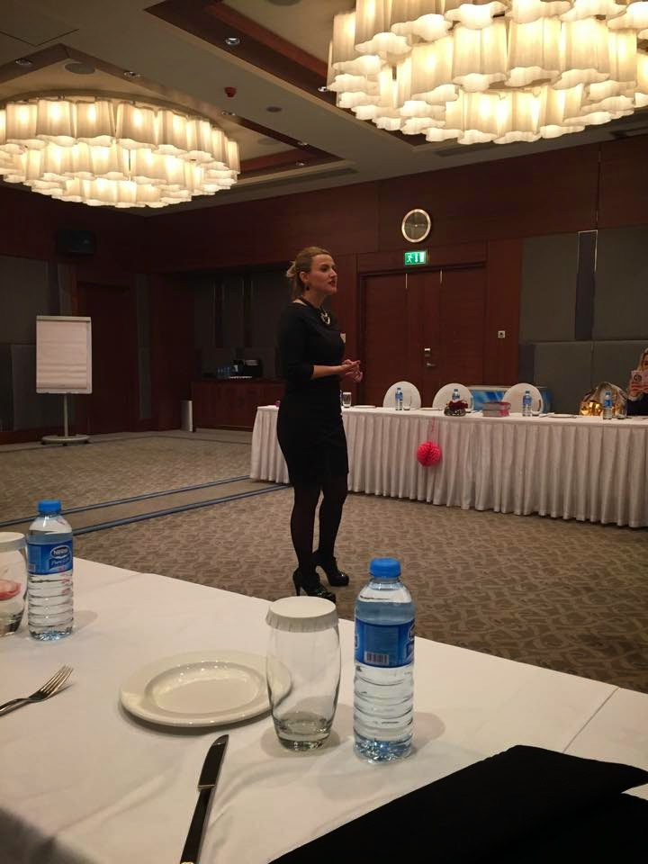 sponsor Farmasi 8 mart Bursa Bloggerlar buluşması Hilton Hotel