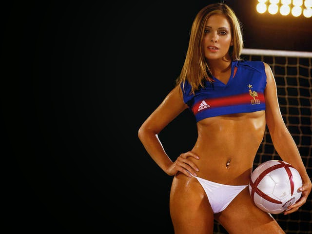 World Cup Brazil 2014: sexy hot girls football fan, beautiful woman supporter of the world. Pretty amateur girls, pics and photos   Francia France