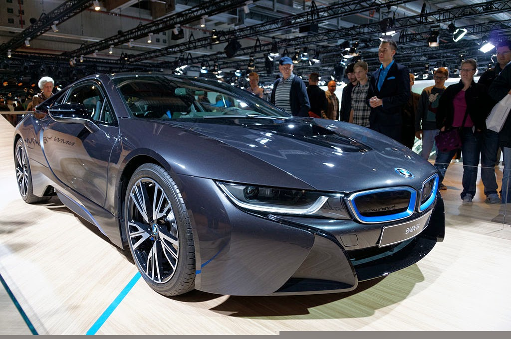 Electeric Sports Car : BMW i8 is Vision EfficientDynamics
