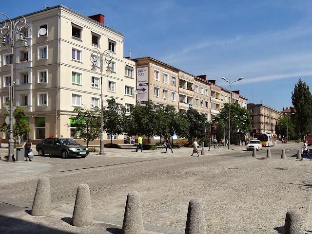 Skrzyżowanie ulicy Paderewskiego z Sienkiewicza