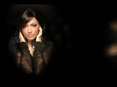 Turkish - Belgian Singer Hadise Wallpaper