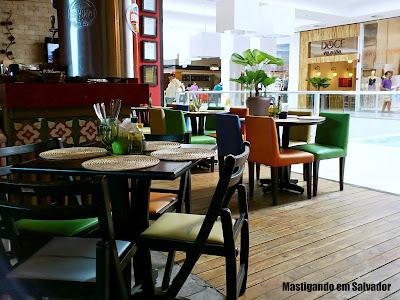 Creperia Mariposa: Ambiente da loja do Shopping Paralela