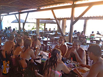 Curtindo praia e Risoto Sertanejo no Tropicália Coqueirinho