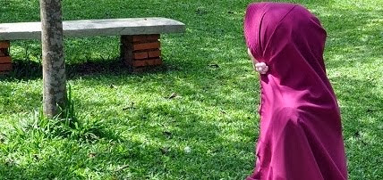NauraKamiila Hijab Syar'i