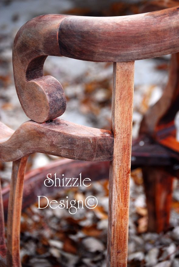 Shizzle Design love this Cool Vintage Wooden Chair!
