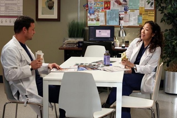 sandra oh & justin chambers in grey's anatomy