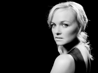 Hollywood Actress Emma Bunton Blach & White Hd Wallpapers