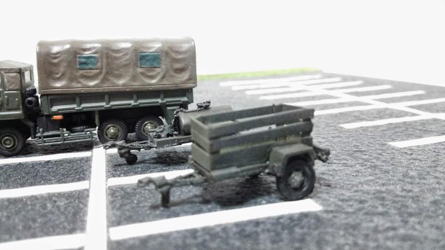 1/144の防衛隊[1/144サイズのミ...