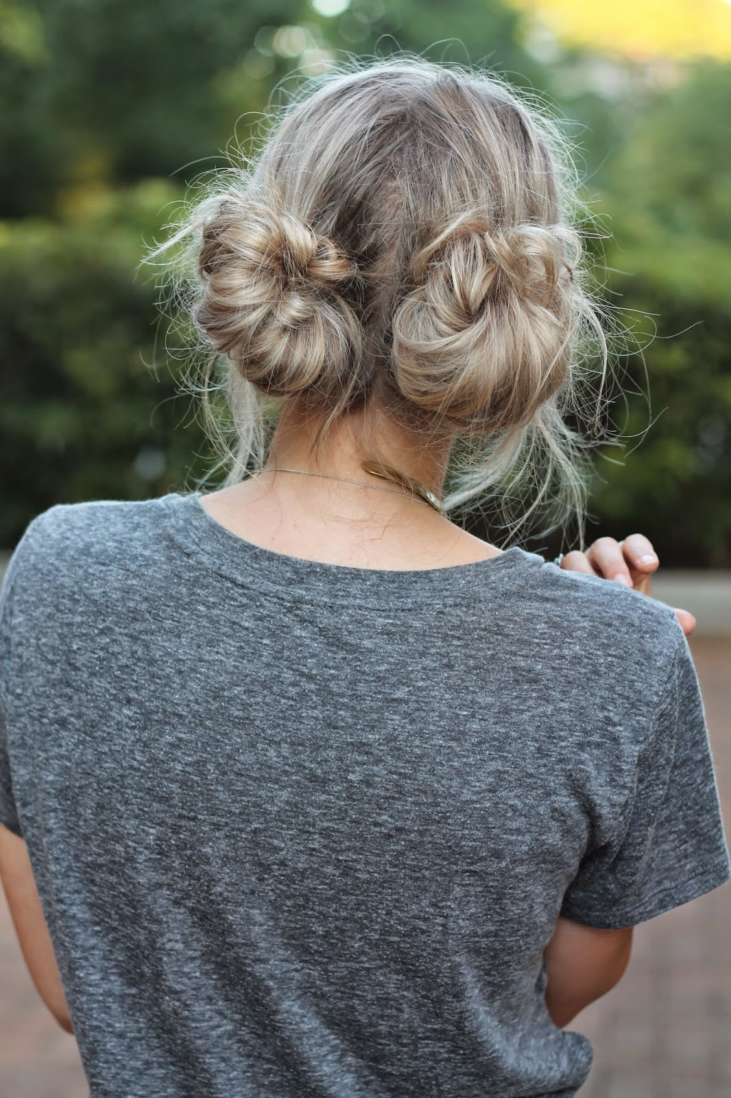 easy boho hairstyle perfect for unwashed hair