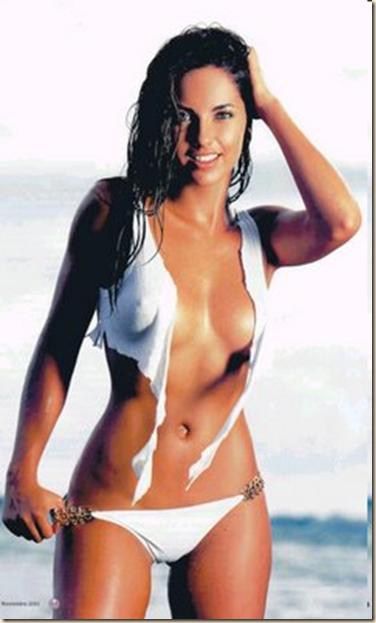 Genelia desouza in bikini