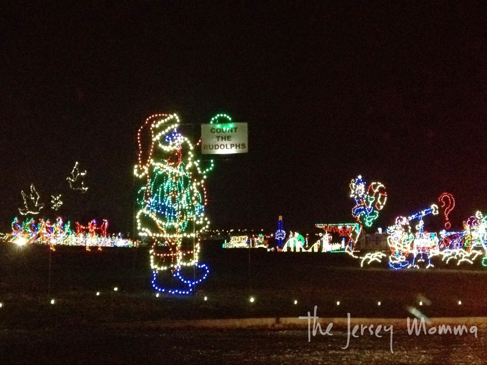 what youll see at hershey sweet lights count the rudolphs - Hershey Christmas Lights