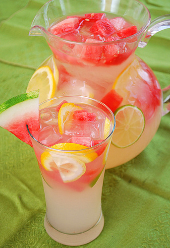 Signature Drinks for Your Wedding: Watermelon Lemonade