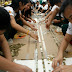 Pemecahan Rekor Rangkaian Koin Terpanjang di Dunia