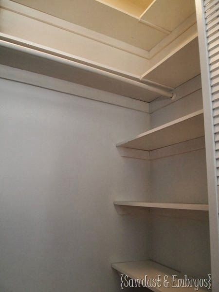 http://www.remodelaholic.com/2014/02/creative-closet-solutions-organization/nggallery/image/diy-closet-end-shelves/