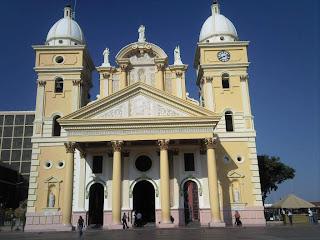 basilica de la Chinita en  en Maracaibo,jpg