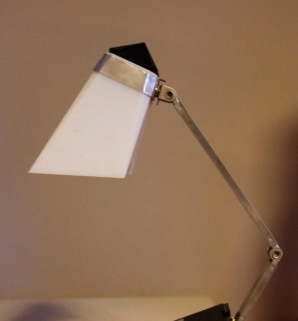 Daspasdesign taki light 39 iris 39 japanse designlamp uit for Lampen japan