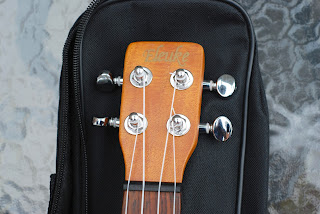 eleuke peanut ukulele headstock