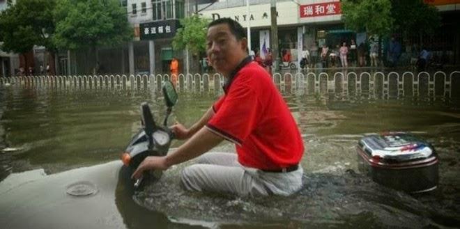 Kekonyolan Dan Keanehan Orang Asia