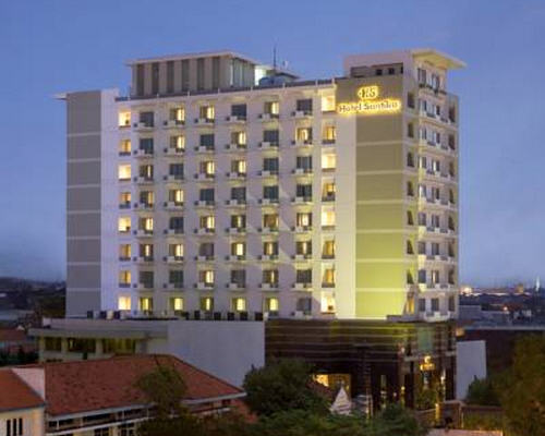 Alamat Hotel Santika Pandegiling Surabaya, Telepon Hotel Santika Pandegiling Surabaya, Tarif Hotel Santika Pandegiling Surabaya