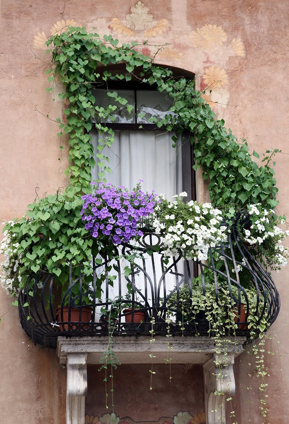 Romantic and Beautiful Balcony 9