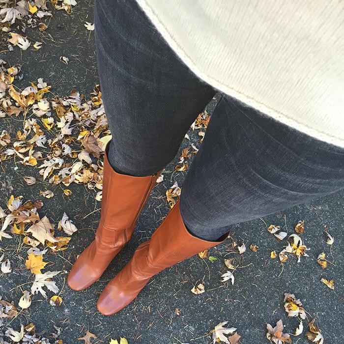 5 ways to wear grey jeans
