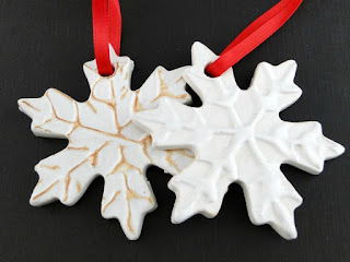 https://www.etsy.com/listing/255963634/snowflake-ornament-or-gift-tag?ref=shop_home_feat_4