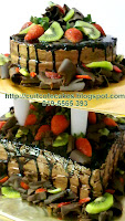 2 tiers choc moist cake