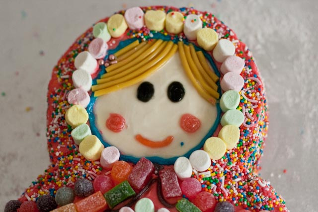 Cake Decorating Ideas With Lollies : create: A Babushka Birthday Cake