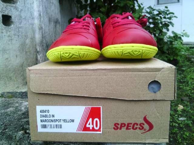 Sepatu Futsal Specs Diablo In Maroon
