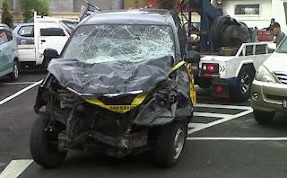 Video Dan Foto Kecelakaan Tugu Tani Xenia Maut.alamindah121.blogspot.com