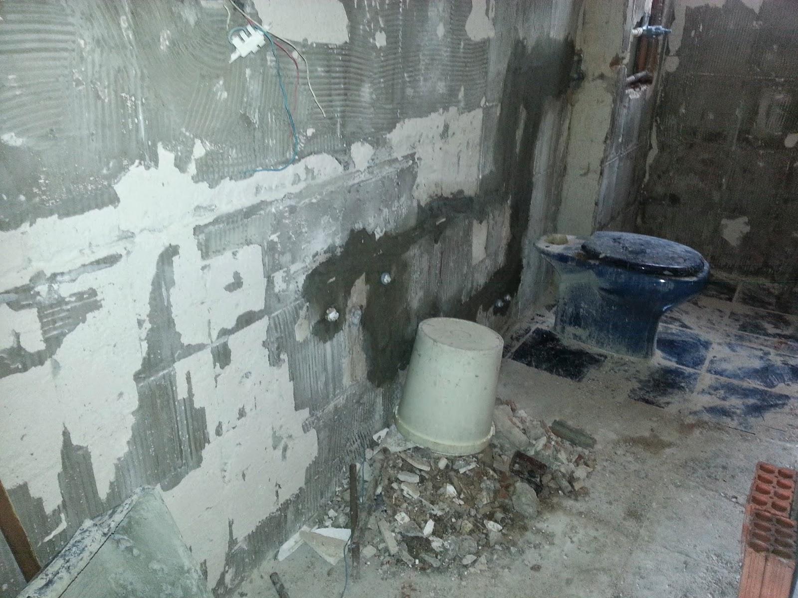 4ª foto: instalação da água quente e fria da torneira da cozinha e  #434D5C 1600 1200