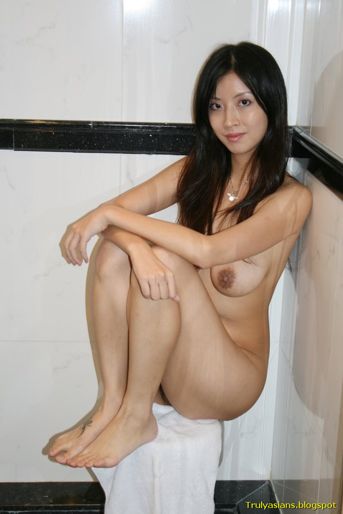 Are Hong kong girl naked can