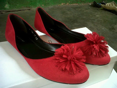Aneka model sepatu sandal wanita murah,model sepatu wanita  Red