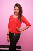 Madhu shalini latest glam pics-thumbnail-9