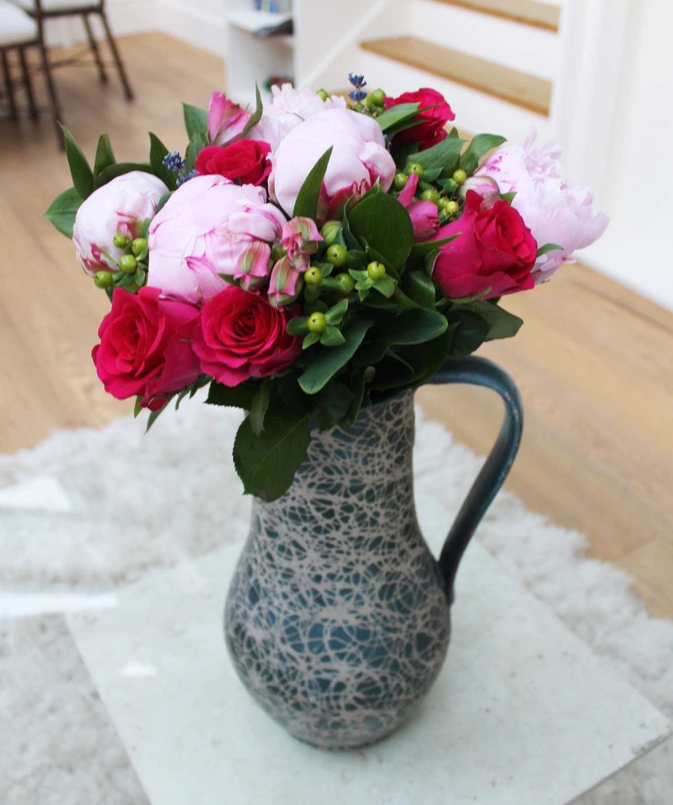 Appleyard London, Appleyard flowers, pomegranate rose and pink peony bouquet