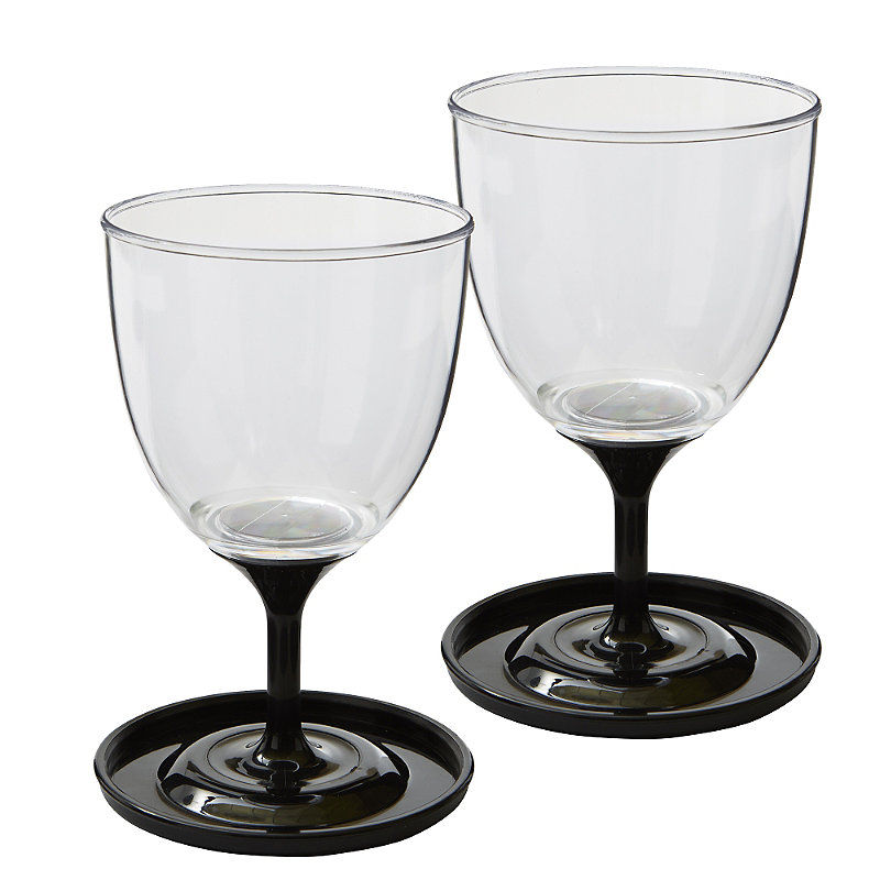 30 ultimate outdoor summer drinking gadgets for barbecues picnics vinspire - Anti spill wine glass ...