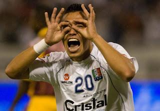 Primer Gol de Fernando Uribe con el Chievo