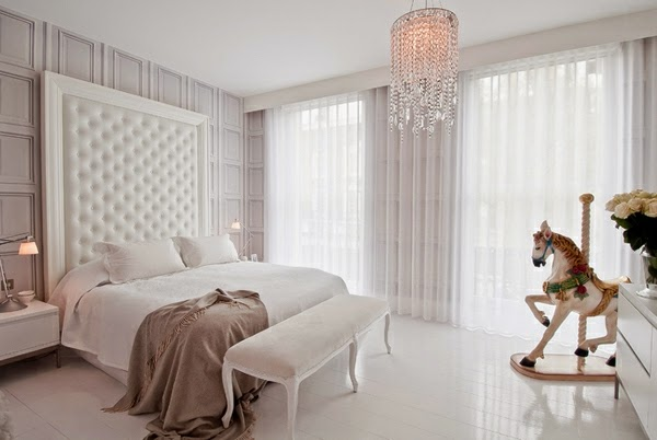 Blackout Curtains For Bedroom: Beautiful White Bedroom With White Curtain