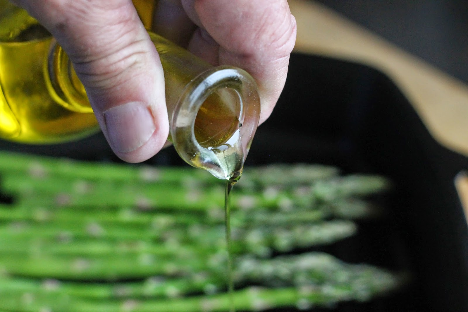 For This Recipe, Steve Grilled The Asparagus In A Ribbed Cast Iron Skillet  He Sprayed The Pan First With Cooking Spray, Turned The Burner To A Medium  High