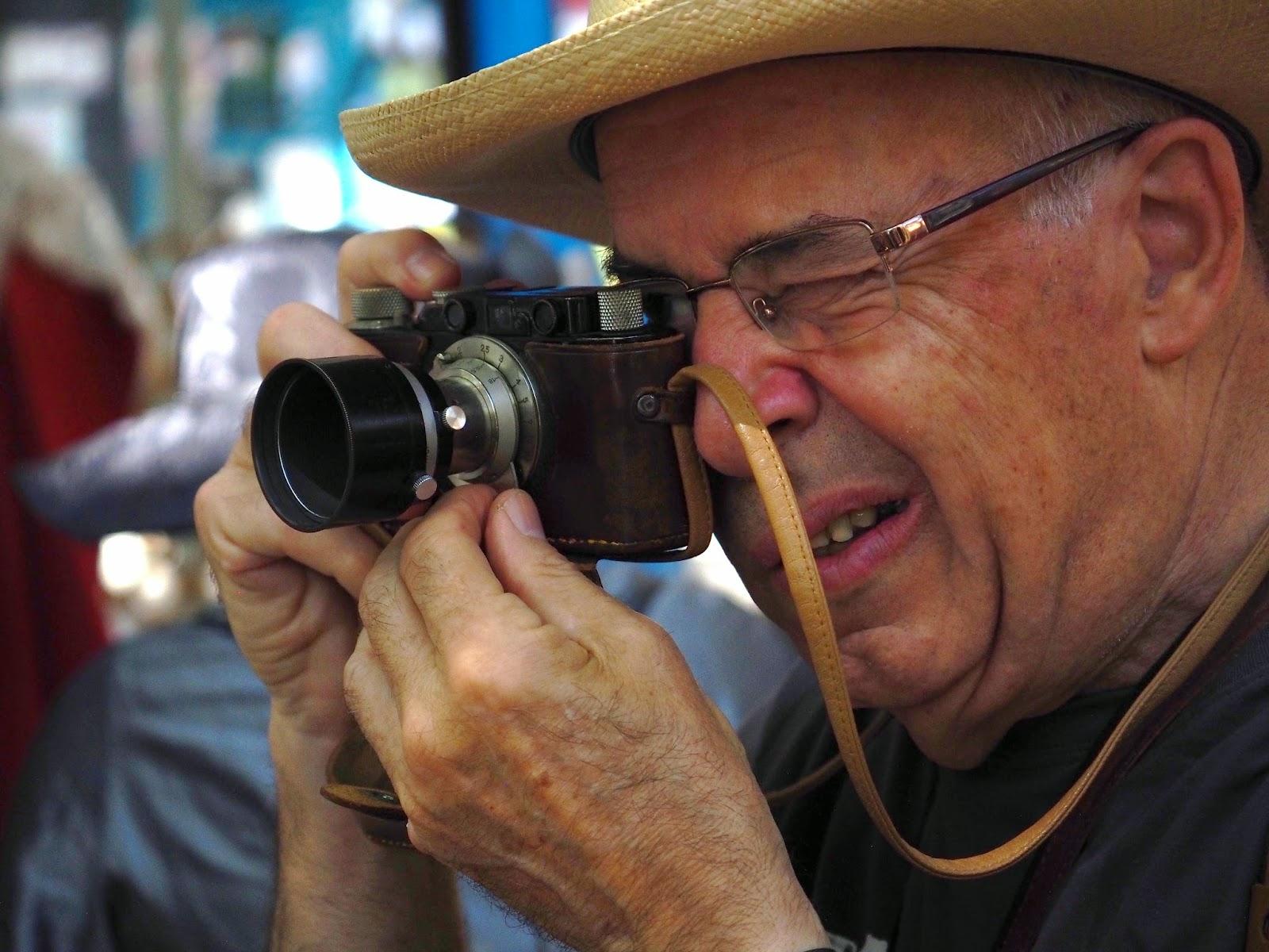 Vicente escudero drakma66 terrassa feria modernista - Fotografos en terrassa ...
