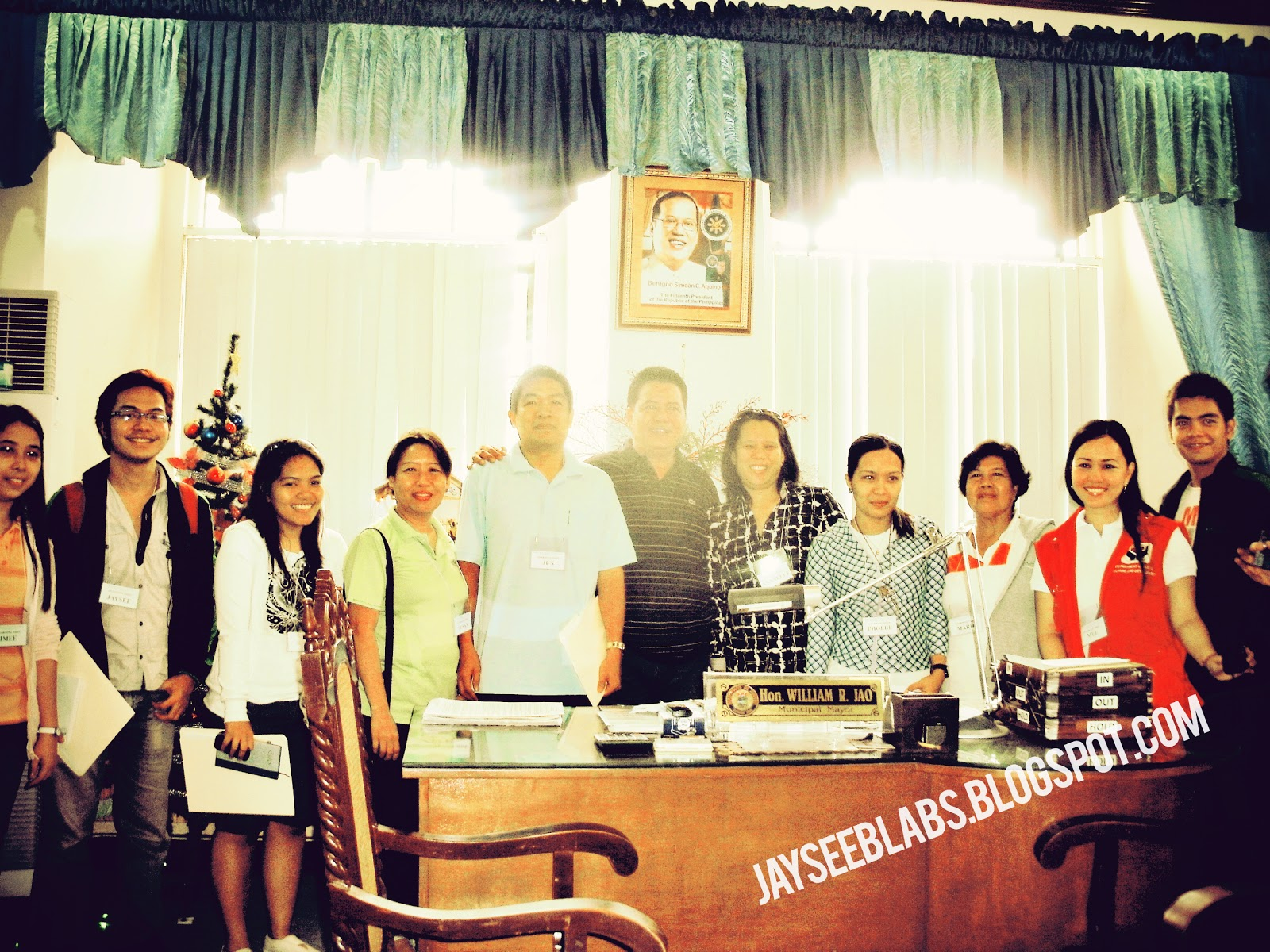 We arrived in Tubigon, Bohol and made a courtesy call to Mayor Allen Ray Z. Piezas.