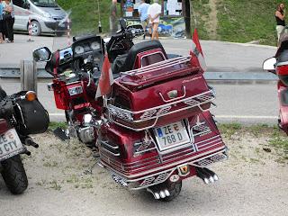 Fifugio Remauro の駐車場=ホンダのエンジンを搭載した(?)イタ車