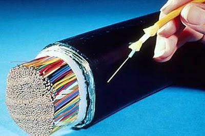 anciana corta cable y deja sin Internet