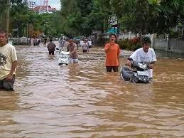 FOTO BANJIR BANDANG MANADO 2014 Gambar Bencana Alam Banjir