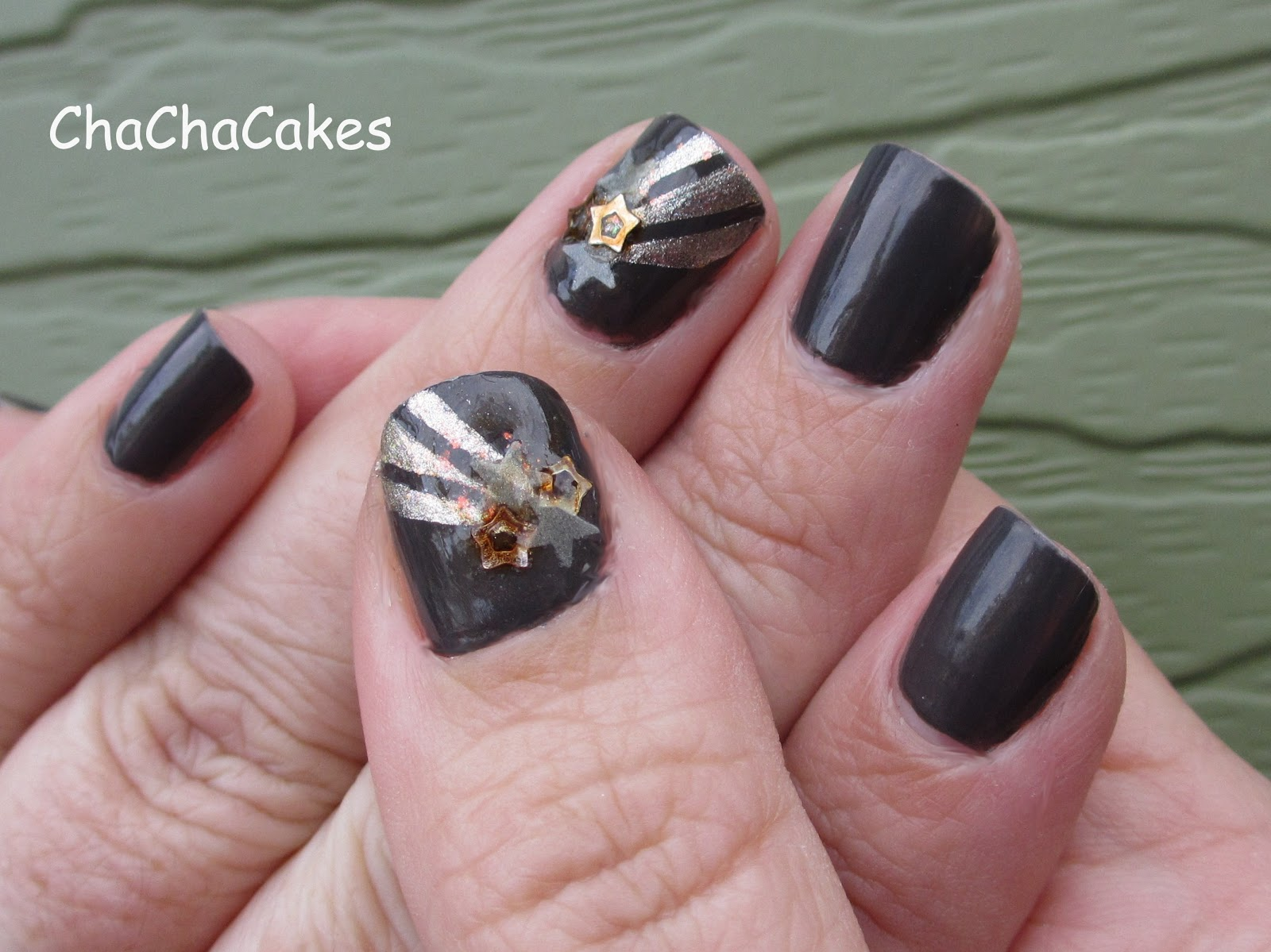 Cha cha cakes nails shooting star nail art i have never used nail embellishment things like these stars before if you use a nice thick coat or 2 of top coat seche vite is my favorite they stay on prinsesfo Images