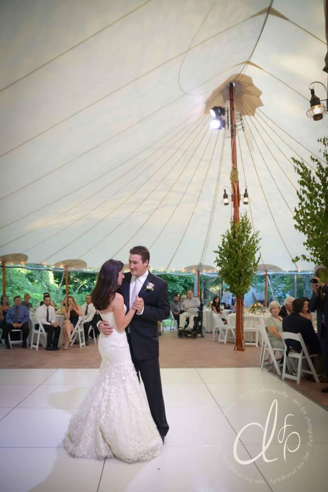 Willowdale estate a tent wedding les fleurs for 1 2 3 4 dance floor